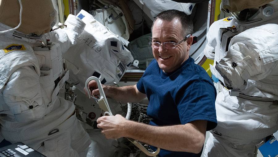 Expedition 56 Flight Engineer Ricky Arnold