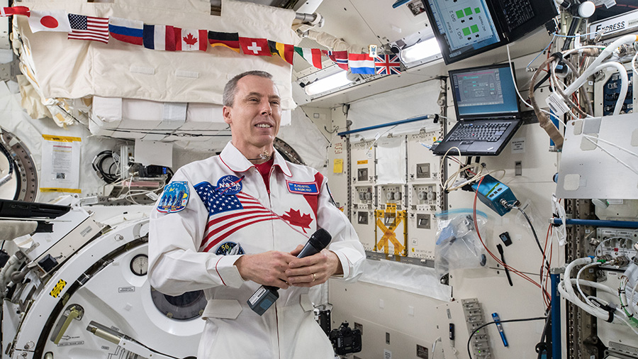 Commander Drew Feustel