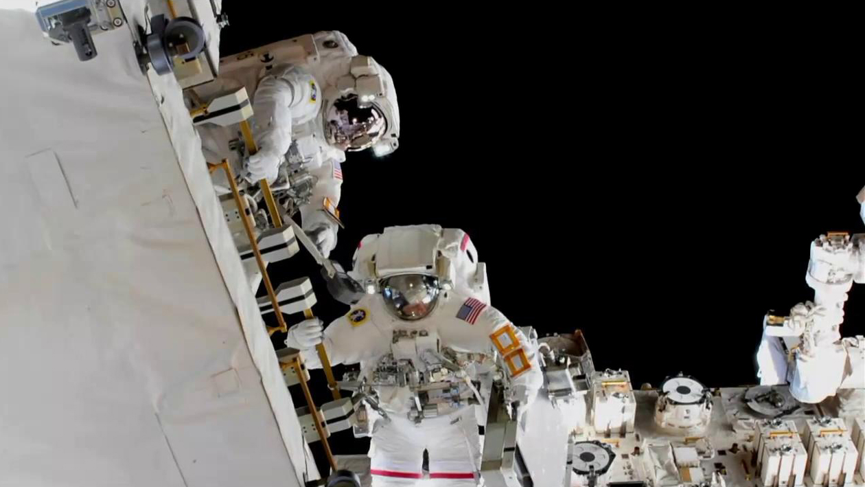 Spacewalkers Nick Hague and Anne McClain