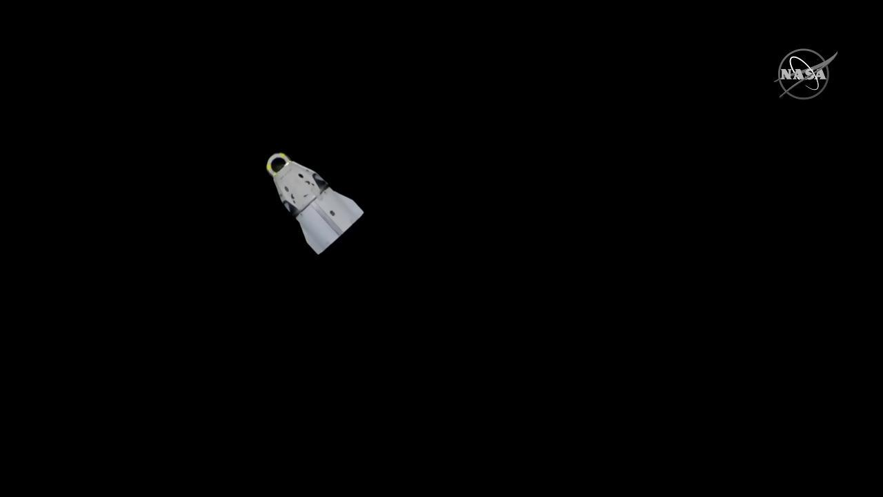 Crew Dragon spacecraft on it's way back to Earth