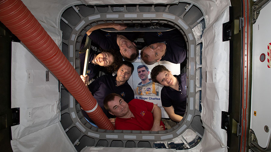 The six-member Expedition 59 crew