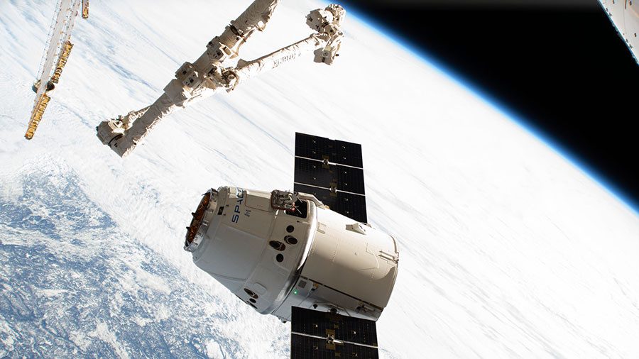 The SpaceX Dragon cargo craft approaches the International Space Station