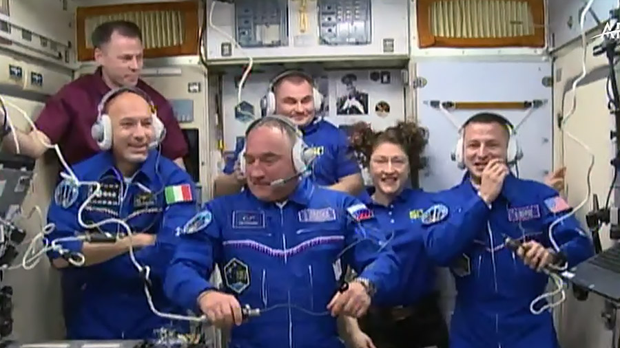 Expedition 60 Crew Greeting Ceremony
