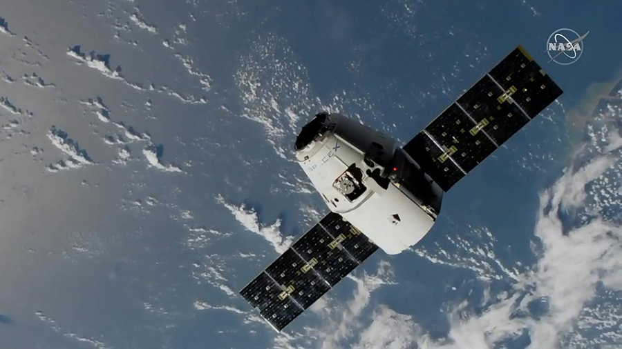 The SpaceX Dragon resupply ship approaches the International Space Station