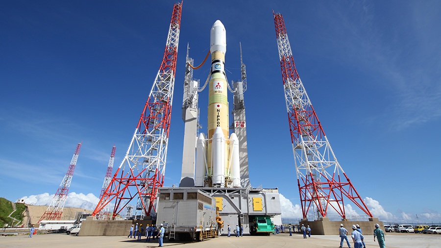 Japan's HTV-8 cargo craft sits atop the HII-B rocket