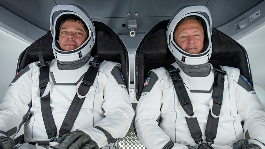 NASA astronauts Bob Behnken (left) and Doug Hurley