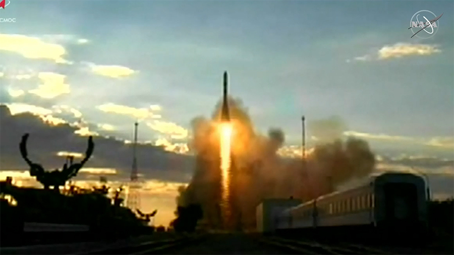 Russia's Progress 76 cargo rocket blasts off on time from Kazakhstan. Credit: Roscosmos