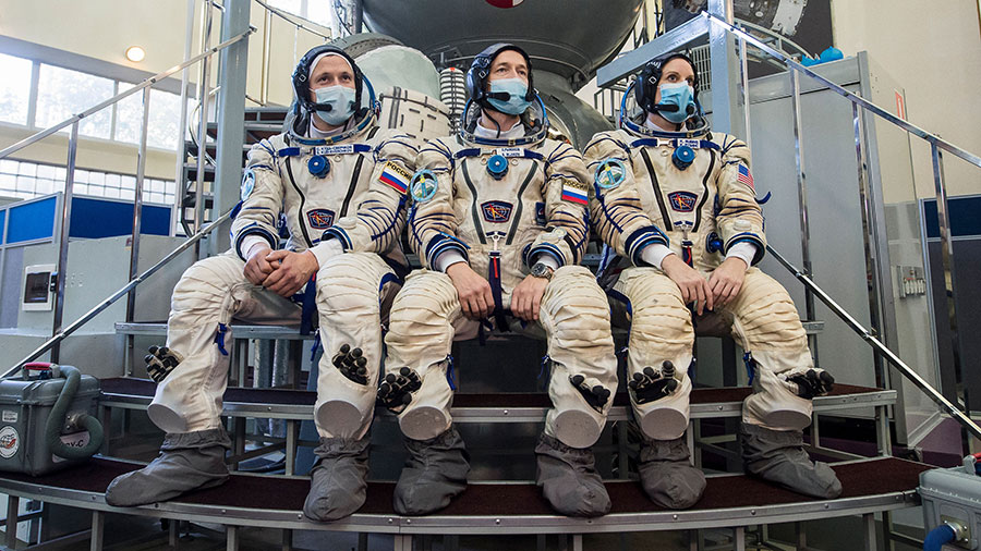Expedition 64 crew members, the next crew to launch to the station, (from left) Sergey Kud-Sverchkov, Sergey Ryzhikov and Kate Rubins are pictured during Soyuz qualification exams.