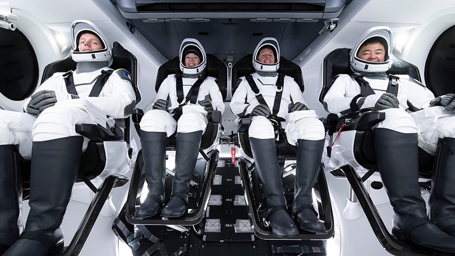 From left are the SpaceX Crew-2 astronauts Thomas Pesquet, Megan McArthur, Shane Kimbrough and Akihiko Hoshide during training in Hawthorne, California. Credit: SpaceX