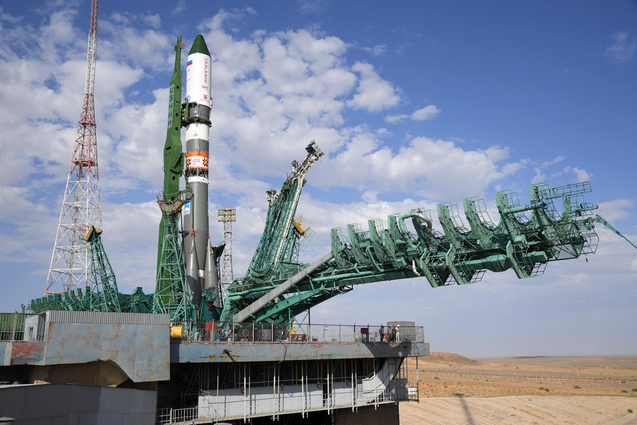 Russia's ISS Progress 78 resupply ship stands at its launch pad at the Baikonur Cosmodrome in Kazakhstan. Credit: Energia