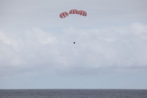 CRS-4 Dragon splashdown