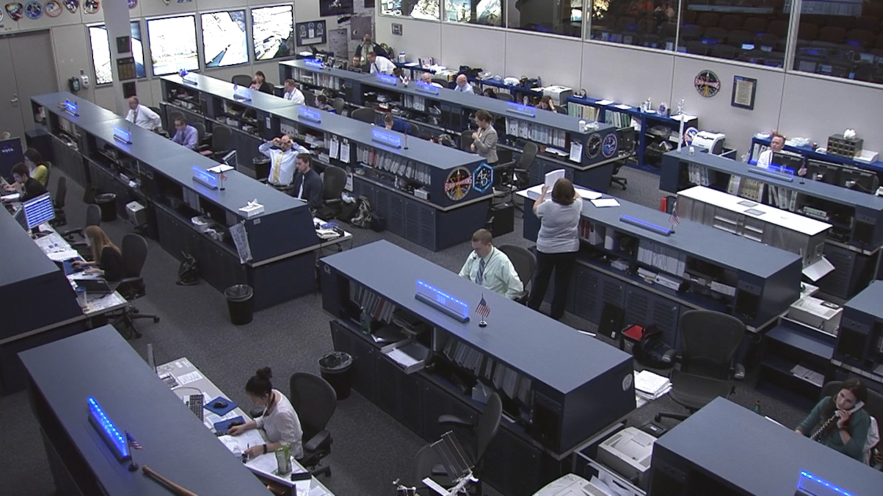 The Control Rooms for CRS-6 – SpaceX