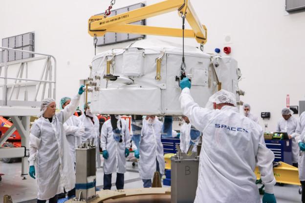 New Photos of IDA-2 Loading into Dragon