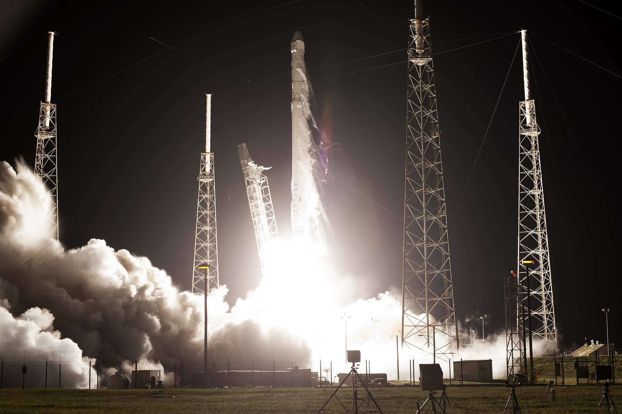 The SpaceX Falcon 9 and Dragon spacecraft lift off from Space Launch Complex 40 on July 18, 2017, at the start of the CRS-9 mission.