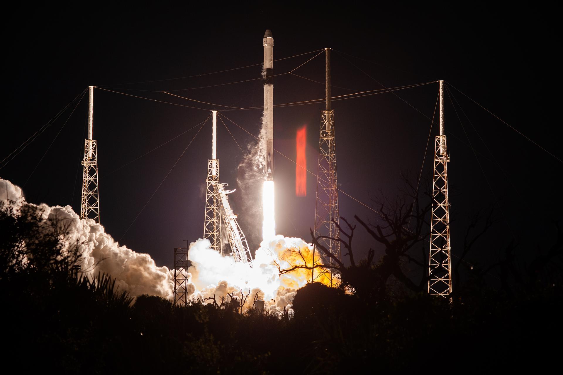 CRS-20 liftoff