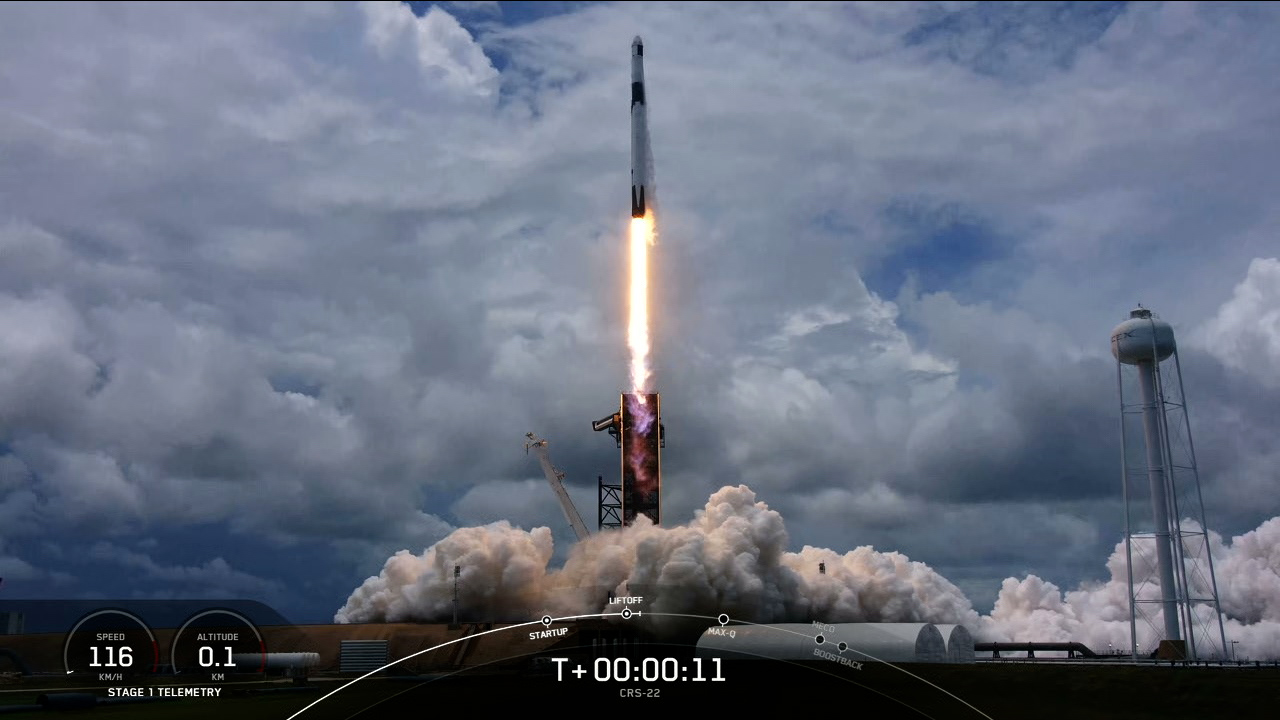 A SpaceX Falcon 9 rocket lifts off from Launch Complex 39A at Kennedy Space Center on June 3, 2021.