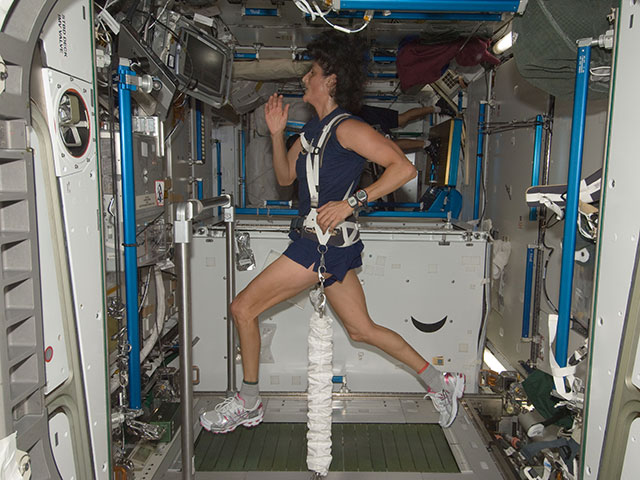 sunny williams space station - photo #1
