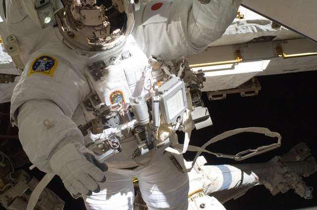 ISS032-E-024217 -- Spacewalker Aki Hoshide