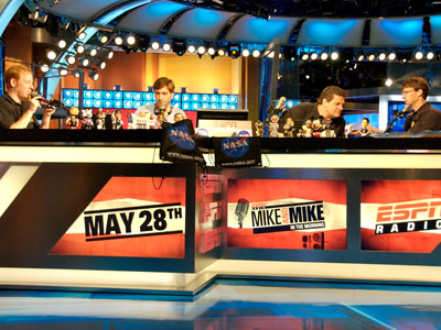 nasa edge on espn 39 s mike and mike in the morning nasa. Black Bedroom Furniture Sets. Home Design Ideas