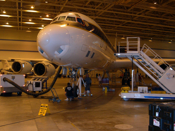 NASA DC-8 Techs weigh the aircraft with the OIB instrument installation on board
