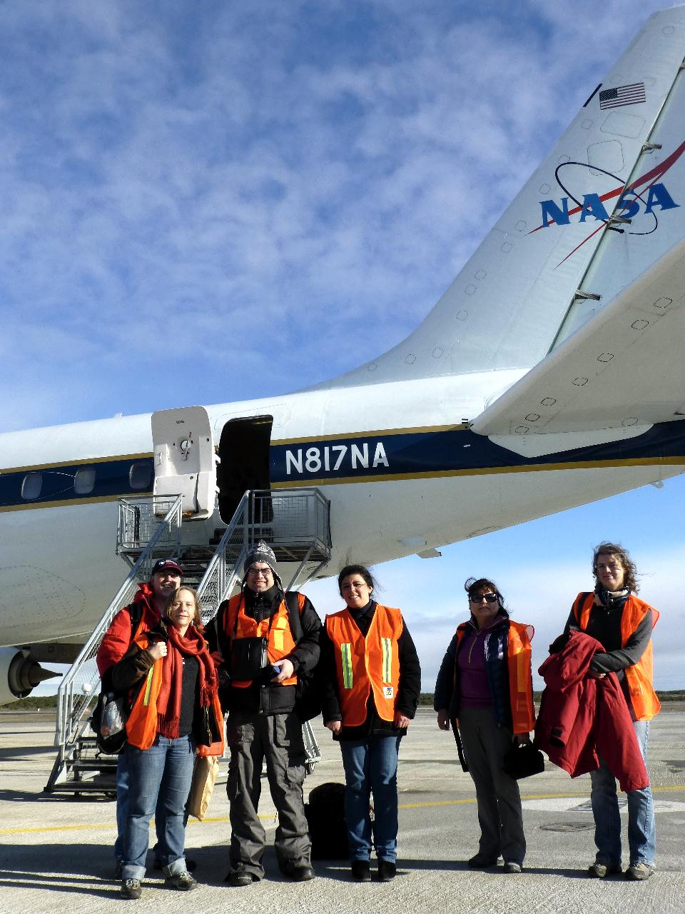 Visitors prior to boarding an IceBridge survey flight