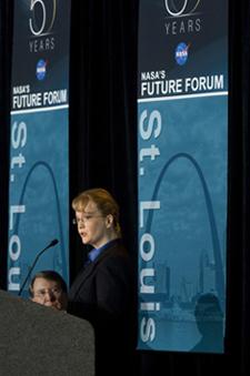 Shana Dale at St. Louis Future Forum, March 25, 2008 (Credit: NASA)