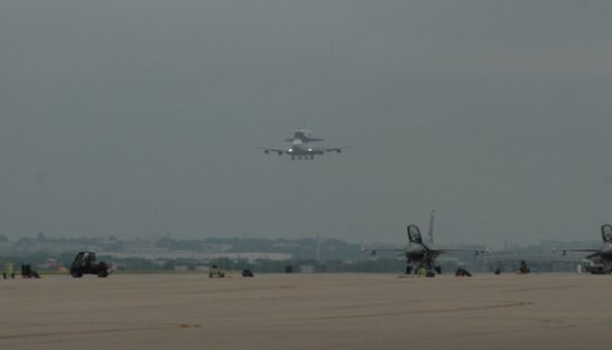 kelly afb space shuttle carrier aircraft - photo #16