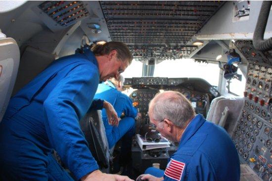 NASA Pilot Cockpit Flight (page 2) - Pics about space